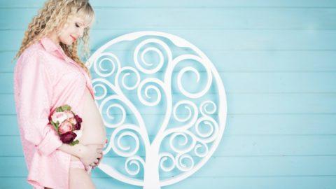 5 Gründe warum es schwer ist nach der Schwangerschaft seine Pfunde loszuwerden